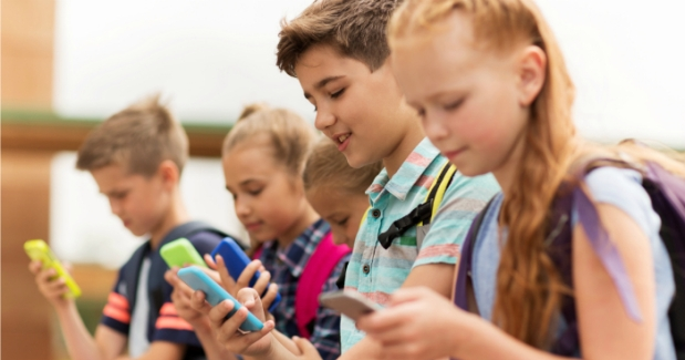 When Should Your Child Get a Phone?