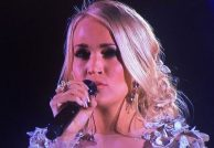 Carrie-Underwood-CMAs-Video-2017-573x395
